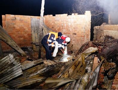 Kastamonu'da iki ev yandı: 5 kişi kayıp