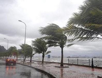 Kıyı Ege'de fırtına uyarısı