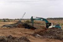 HABUR - Kötü Koku Yayan Kanalda Temizlik Başladı