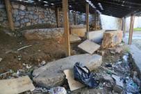 HELENISTIK - Milas'ta Tarihi Lahit Mezarın Kaderine Terk Edildiği İddiası
