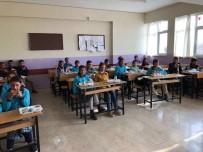 KÖY MUHTARI - Milli Eğitim Müdürlüğü 'Öğrencilerin Yemek Çilesi Pes Dedirtti' Haberini Yalanladı