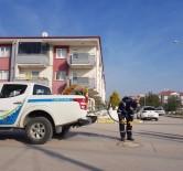 ARAZİ ARACI - Balıkesir'de 350 Bin Haşere Kaynağı İlaçlandı