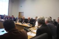 MUSTAFA FıRAT - Büyükşehir Ve SASKİ Bürokratları Muhtarlarla Bir Araya Geldi