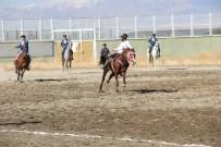 ÇEYREK FİNAL - Erzurum'da Yem Ödüllü Cirit Turnuvası