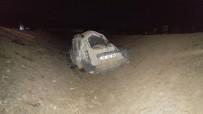 HASAN TAHSIN - Köpeğe Çarpan Otomobil Şarampole Yuvarlandı Açıklaması 1 Ölü, 4 Yaralı