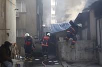 KÖMÜR SOBASI - Mersin İtfaiyesinden Vatandaşlara Yangın Ve Zehirlenme Uyarısı