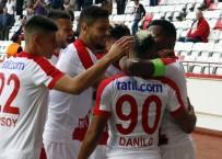 DANILO - Süper Lig Açıklaması Antalyaspor Açıklaması 1 - K. Karabükspor Açıklaması 0 (İlk Yarı)