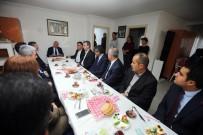 YENİMAHALLE BELEDİYESİ - Yaşar, Semt Birimi Koordinatörleri İle Buluştu