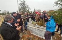 AHMET KESKIN - 23 Yıl Sonra Şehit Arkadaşlarının Mezarında Buluştular