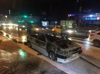 METRO İSTASYONU - Beşiktaş'ta Seyir Halindeki Otomobil Alev Aldı