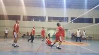 AHMET GENCER - Besni'de Öğretmenler Günü Voleybol Turnuvası Başladı