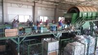 AMBALAJ ATIKLARI - Büyükşehir Belediyesi Her Gün 700 Ton Evsel Atığı Bertaraf Ediyor