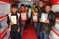 GEZİCİ KÜTÜPHANE - Gezici Kütüphane 1 Milyon Okuyucu Hedefiyle Kırsalın Yolunu Tuttu
