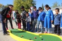 AKÇAKIRAZ - Mobil Merkez,  Çocukları Yeni Oyunlarla Tanıştırıyor