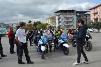 ATATÜRK ANITI - Organ Nakline Dikkat Çekmek Üzere Motosiklet Turu Yaptılar