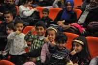 STAND-UP - Adnan Menderes Kültür Merkezi'nde Çocuklar Unutulmuyor