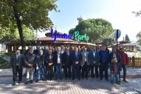 SPOR AYAKKABI - Yunusemre'den Amatör Spor Kulüplerine Malzeme Yardımı