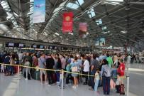 UNIVERSAL - Almanya'da Bir İhbar Tüm Uçuşları Durdurdu