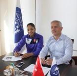 BAYAN VOLEYBOL TAKIMI - Brezilyalı Sayı Kraliçesi Çanakkale Belediyespor'da