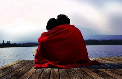 Evlilik dışı ilişkiler yasaklandı! Sevgililere yıl sonuna kadar mühlet