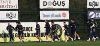 ÖNDER FIRAT - Fenerbahçe, Aykut Kocaman Yönetiminde Çalıştı