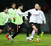 FERNANDO MUSLERA - Galatasaray 8 Eksikle Çalıştı