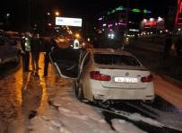 LÜKS OTOMOBİL - Hareket Halindeki Lüks Otomobil Alev Aldı
