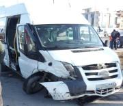 DERECIK - Öğrenci Servisi Kaza Yaptı Açıklaması 9 Yaralı