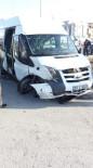 DERECIK - Samsun'da Öğrenci Servisi Kaza Yaptı Açıklaması 9 Yaralı