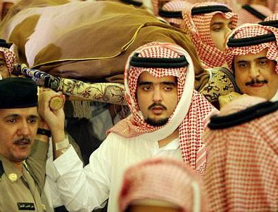 Suudi Arabistan'da sular durulmuyor