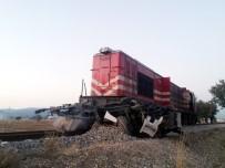 Uşak'ta Tren Hemzemin Geçitte Tıra Çarptı Açıklaması 1 Ölü