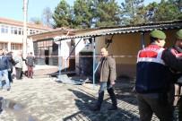 AHMET ÇıNAR - Vali Patlamanın Yaşandığı Okulda