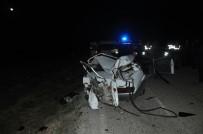 AHMET KAYA - Afyonkarahisar'da Trafik Kazası Açıklaması 2 Ölü, 2 Yaralı