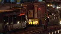 ZINCIRLIKUYU - Arıza Yapan Metrobüs Uzun Kuyruklar Oluşturdu