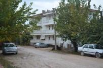İMAR PLANI - Belediye Kızıp Kapattığı O Yol Mahkeme Kararıyla Açıldı