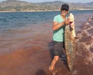 OLTA - Boyu Kadar Balık Yakaladı