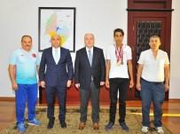 GÖRME ENGELLİLER - Engelli Sporcu 4 Madalya İle Osmaniye'ye Döndü