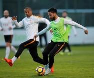 YOUNES BELHANDA - Galatasaray 7 Eksikle Çalıştı