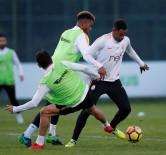 YOUNES BELHANDA - Galatasaray, Medipol Başakşehir Maçı Hazırlıklarını Sürdürdü