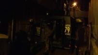 ÖZEL HAREKAT POLİSLERİ - İstanbul'da 20 adrese baskın!