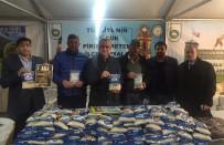 SULTANGAZİ BELEDİYESİ - İstanbul'da Bin 500 Kişiye İpsala Pirinci Dağıtıldı