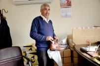 ABDURRAHMAN TOPRAK - Kahta Belediyesi Kışlık Bot Dağıtımı Yaptı