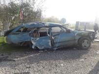 FILYOS - Kamyonun Çarptığı Otomobil Hurdaya Döndü Açıklaması 1 Yaralı