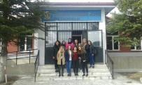 ÜNİVERSİTE ÖĞRENCİSİ - Köy Okulları İçin El Ele Veren Gençlere Ulaşım Desteği Başkan Alıcık'tan