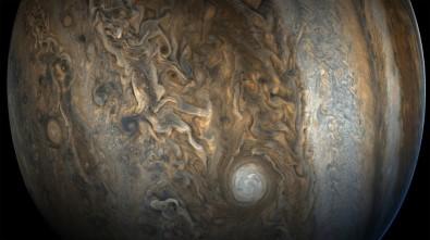 NASA, Jüpiter'in yeni fotoğraflarını paylaştı