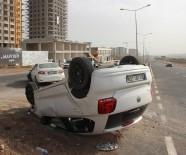 BALıKLıGÖL - Şanlıurfa'da Otomobil Takla Attı Açıklaması 3 Yaralı