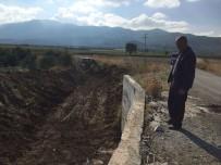 HALITPAŞA - Tarım Arazilerinden Geçen Dere Temizleniyor