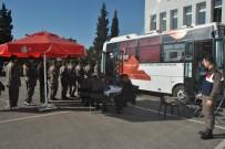 MEHMETÇIK - Uşak'ta Mehmetçik Asil Kanını Bağışladı