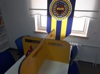 BİZ GELDİK - Fenerbahçeli İş Adamlarından Ortaokula Kütüphane Desteği
