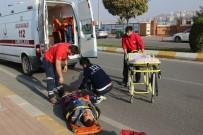 SAKARYA CADDESİ - Kaldırıma Çarpan Motosikletin Sürücüsü Yaralandı